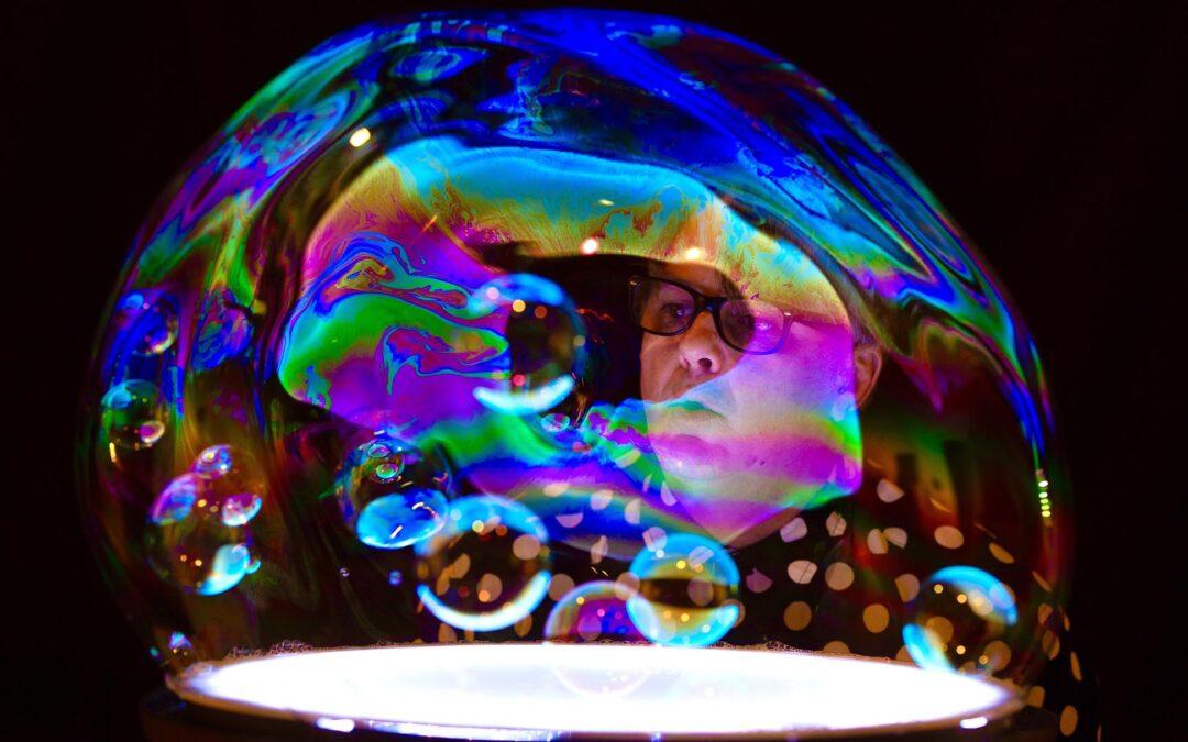 Steve Langley – Soap Bubble Circus